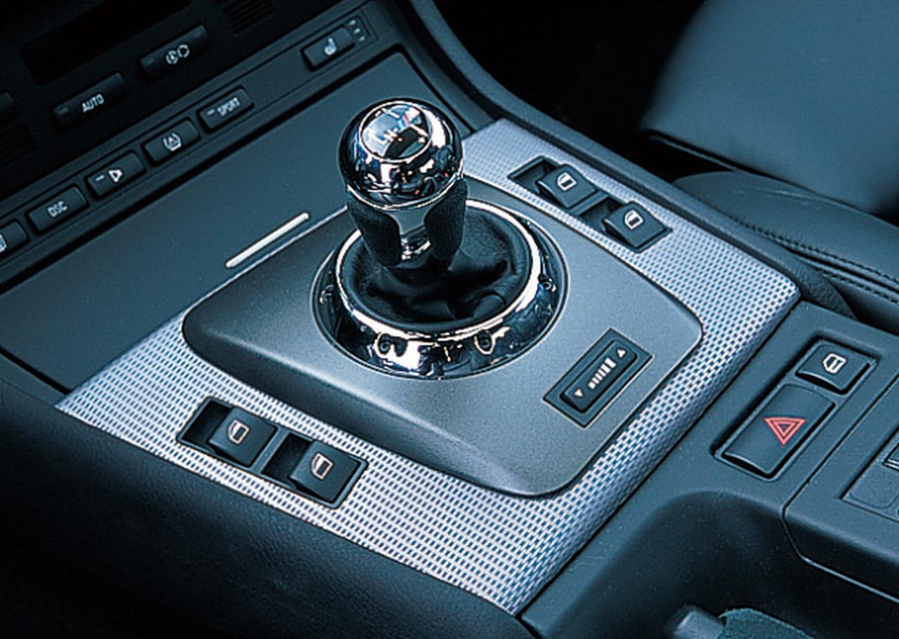 Images : 6番目の画像 - 3代目E46型 BMW M3 クーペ - Webモーターマガジン
