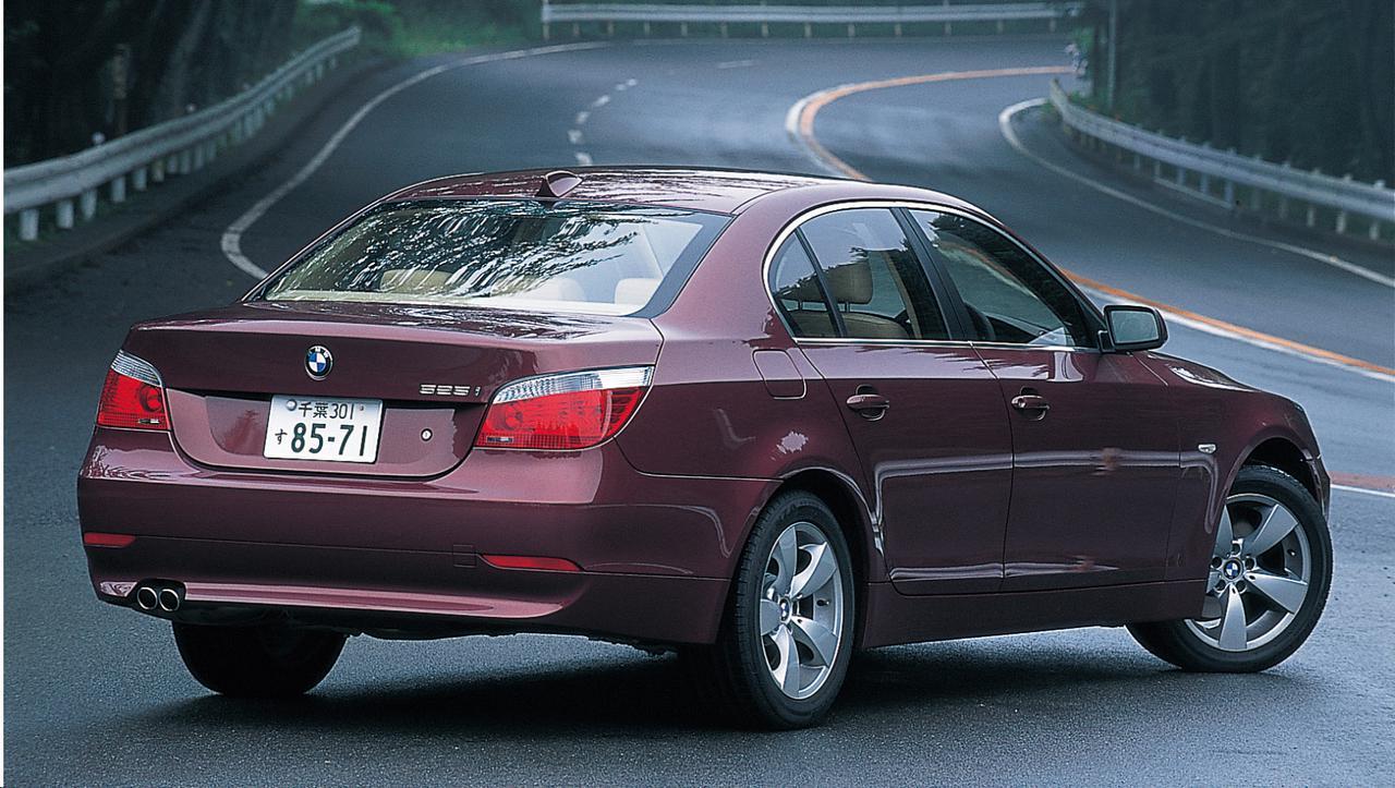 画像: BMW525i。2.5Lストレート6を搭載、5シリーズのベーシックモデルとなる。