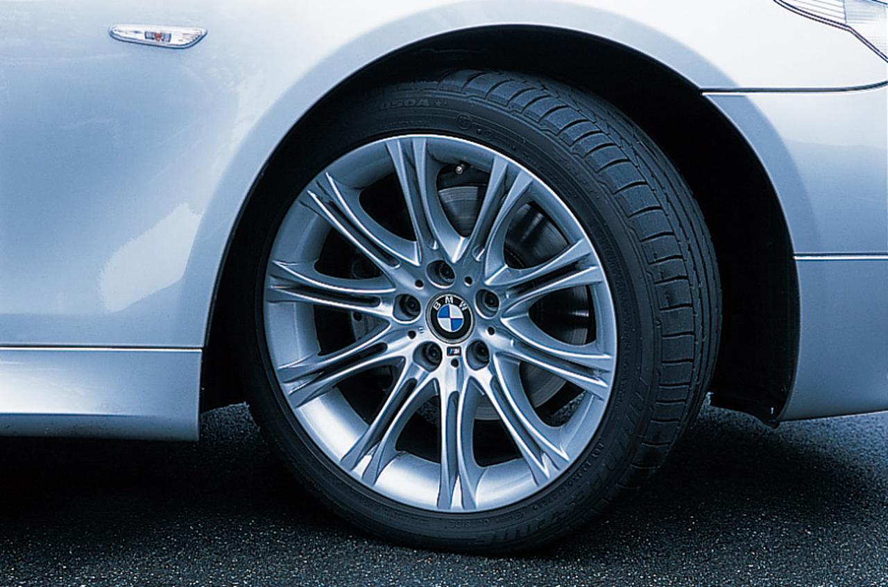 Images : 13番目の画像 - BMW5シリーズ(E60型)2005年フェイスリフト - Webモーターマガジン