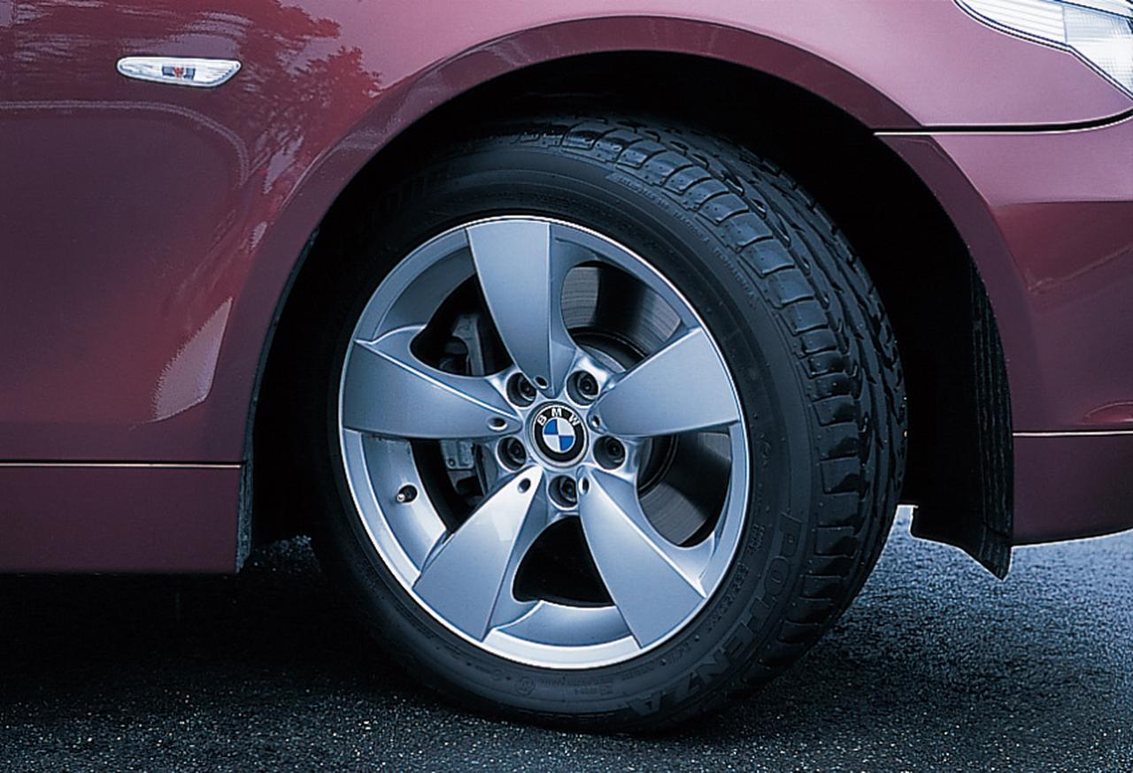 Images : 7番目の画像 - BMW5シリーズ(E60型)2005年フェイスリフト - Webモーターマガジン