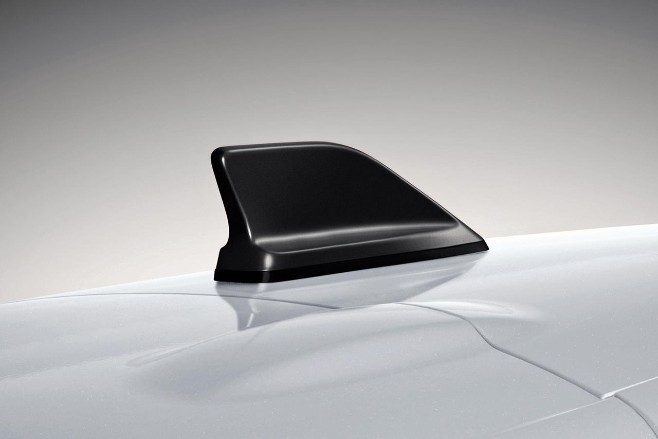 Images : 6番目の画像 - ルーテシア RS トロフィー ファイナルエディション - Webモーターマガジン