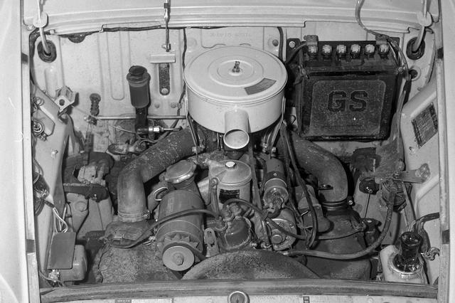 画像: ユニークな697cc(のちに790ccにアップ)の対向2気筒OHVエンジンは、トヨタ スポーツ800にも搭載される。