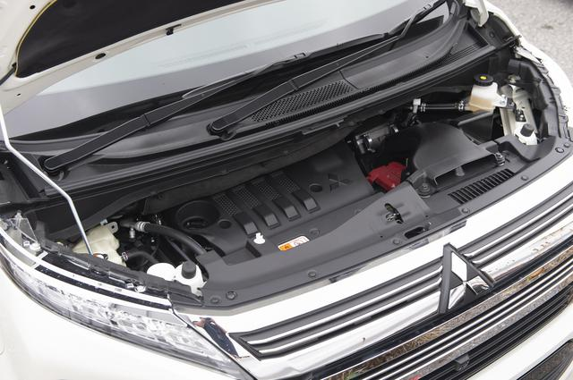画像: 2.2L 直4ディーゼルターボと組み合わせられる8速ATが高い経済性を実現するデリカD:5。