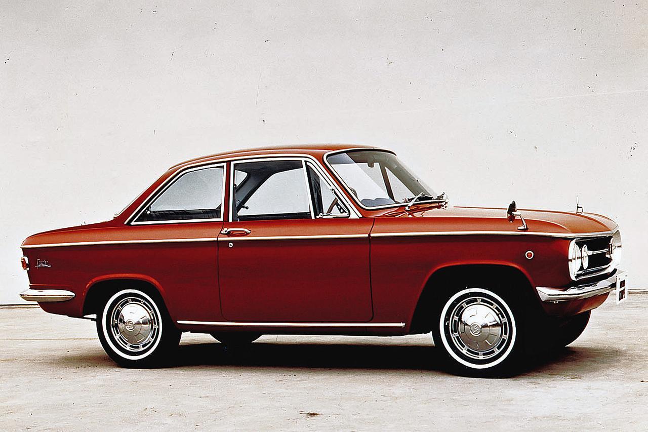 画像: 1965年11月に追加されたクーペは、1Lエンジンを搭載してスポーティ性を高めていた。