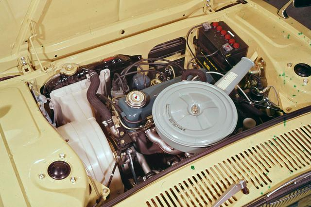 画像: 初代サニーなどに採用されていたA10型エンジンを横置きに搭載して前輪を駆動した。