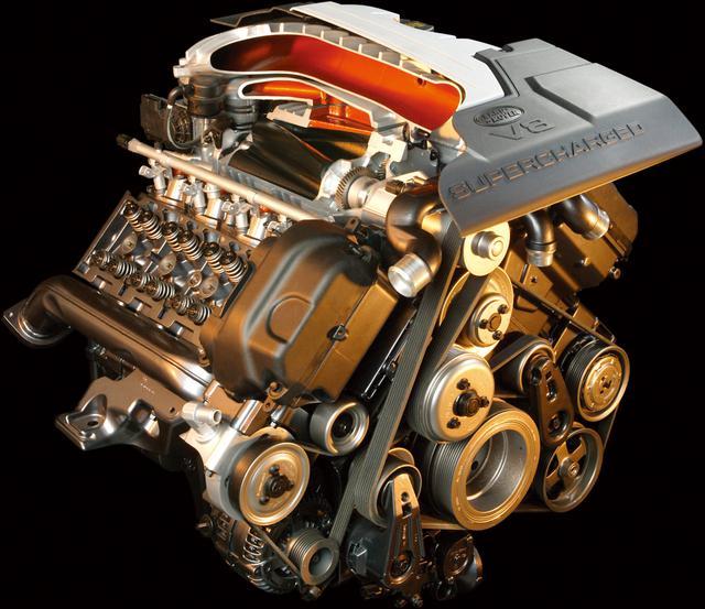 画像: 4.2L V8スーパーチャージャーは最高出力396ps。ランドローバー史上最強のエンジン。