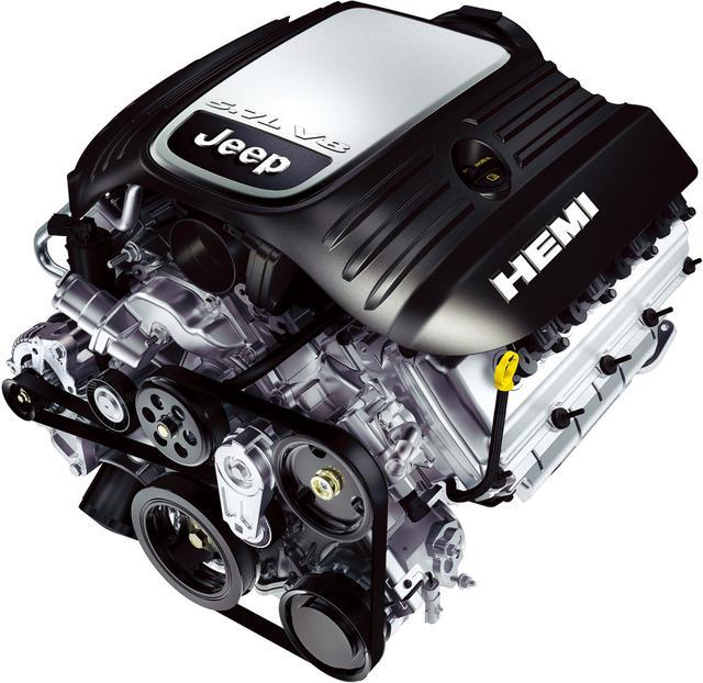 画像: ジープに初めて採用される5.7L V型8気筒HEMIエンジン。圧倒的なトルクを広い回転域で絞り出す。
