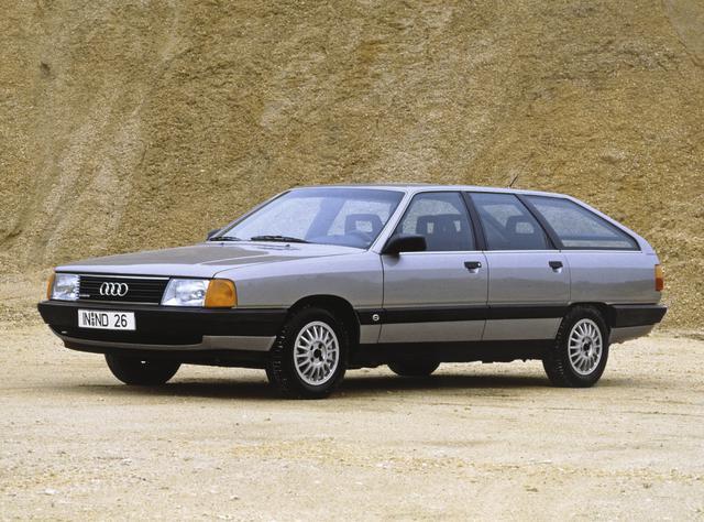 画像: 1982年に登場したアウディ100は市販車初のCd値0.30を達成。ステーションワゴンのアバンテもラインアップした。