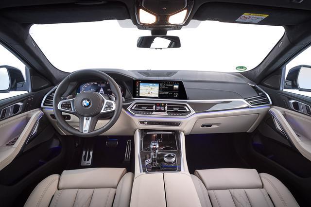 画像: M50iのインテリア。内装にも最新のデザインコンセプトが採用されている。日本仕様は全車右ハンドル。