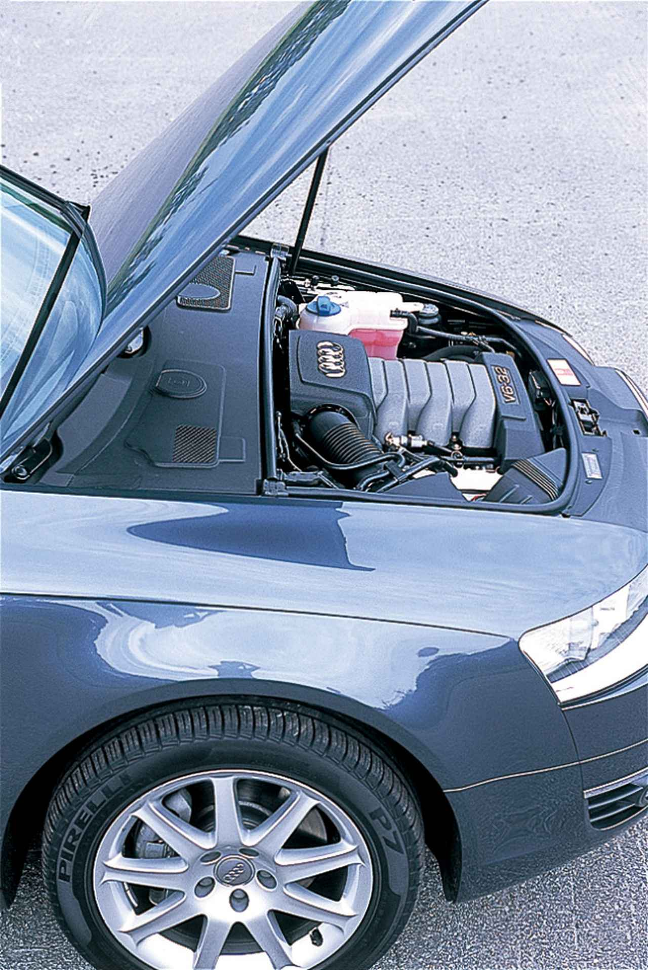 Images : 26番目の画像 - レクサスGS350 BMW530i アウディA6 3.2FSIクワトロ - Webモーターマガジン
