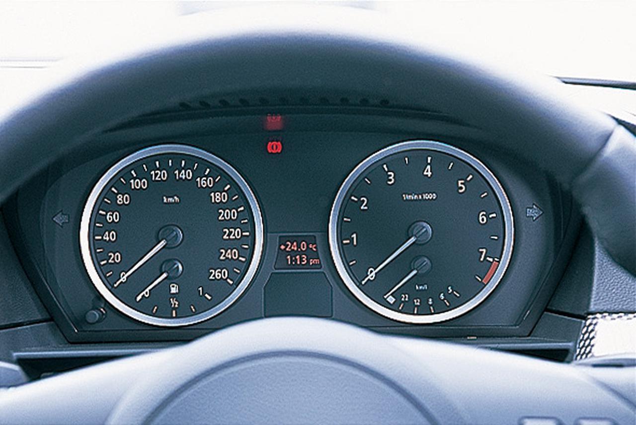 Images : 13番目の画像 - レクサスGS350 BMW530i アウディA6 3.2FSIクワトロ - Webモーターマガジン