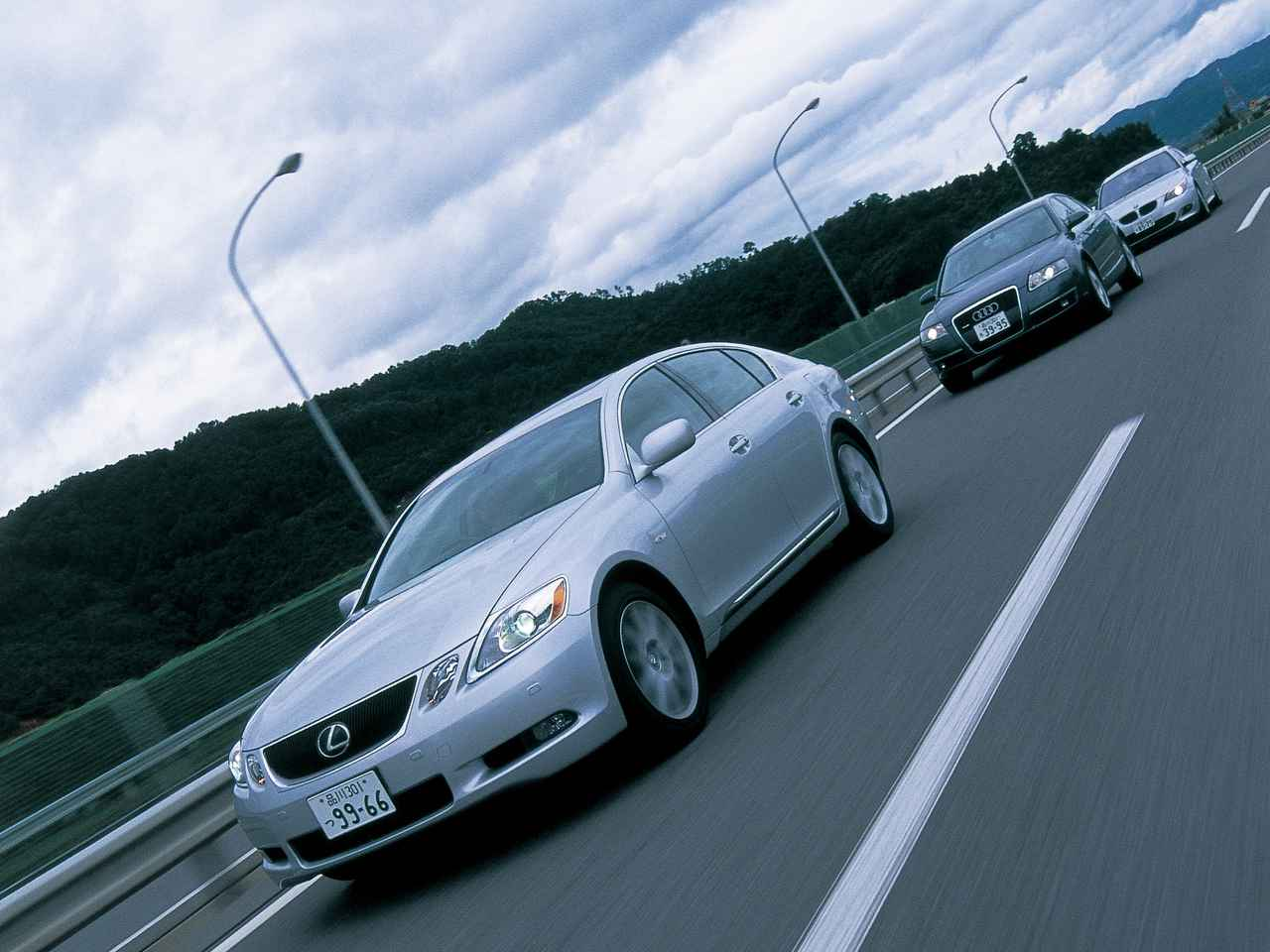 Images : 1番目の画像 - レクサスGS350 BMW530i アウディA6 3.2FSIクワトロ - Webモーターマガジン