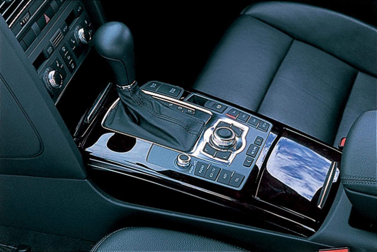 Images : 23番目の画像 - レクサスGS350 BMW530i アウディA6 3.2FSIクワトロ - Webモーターマガジン