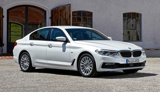 画像: BMWはディーゼルの520dにマイルドハイブリッド仕様を追加。2019年11月より現地での販売を開始した。