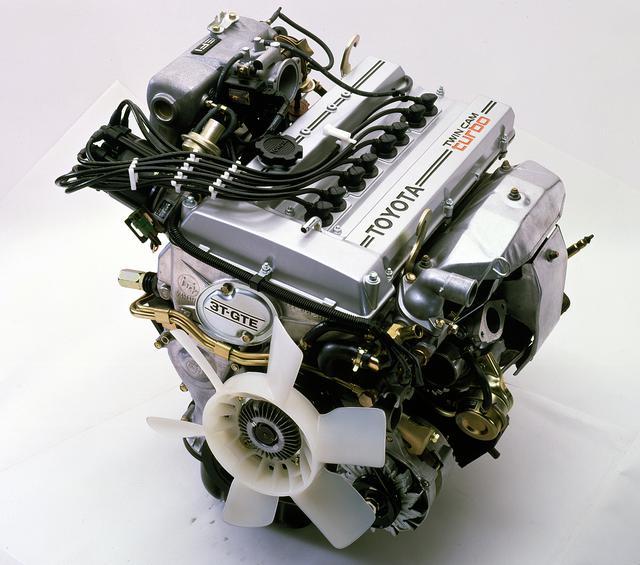 画像: ツインカムか、ターボか?の論争に終止符を打たせたツインカムターボの3T-GTEU型エンジン。