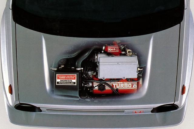 画像: インタークーラーも装着したターボエンジンは、1.2Lから110psと16.3kgmを発生した。(写真は当時のカタログより)