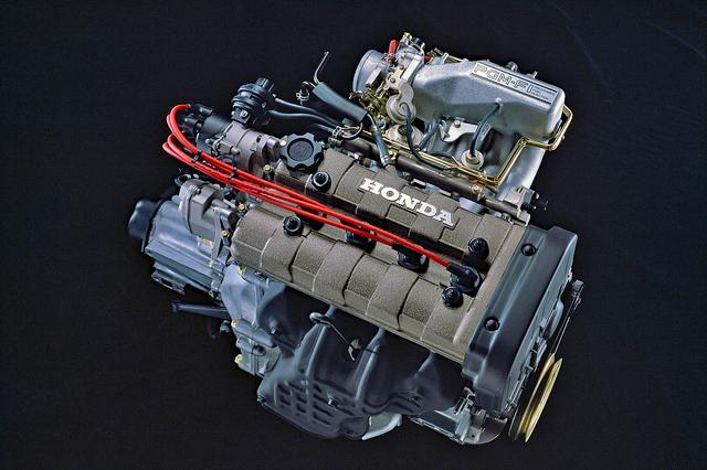 画像: ロングストロークで低速域から太いトルクがあり、DOHCらしい吹け上がりも楽しめたZCエンジン。