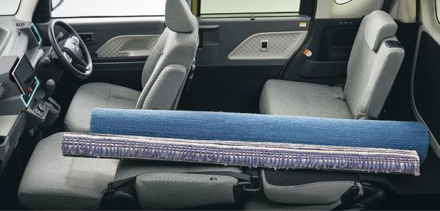 画像: 助手席はフルフラット機構を採用するので長尺物の収納も可能。運転席は540mm、助手席は380mm、後席は240mmもロングスライドできる。