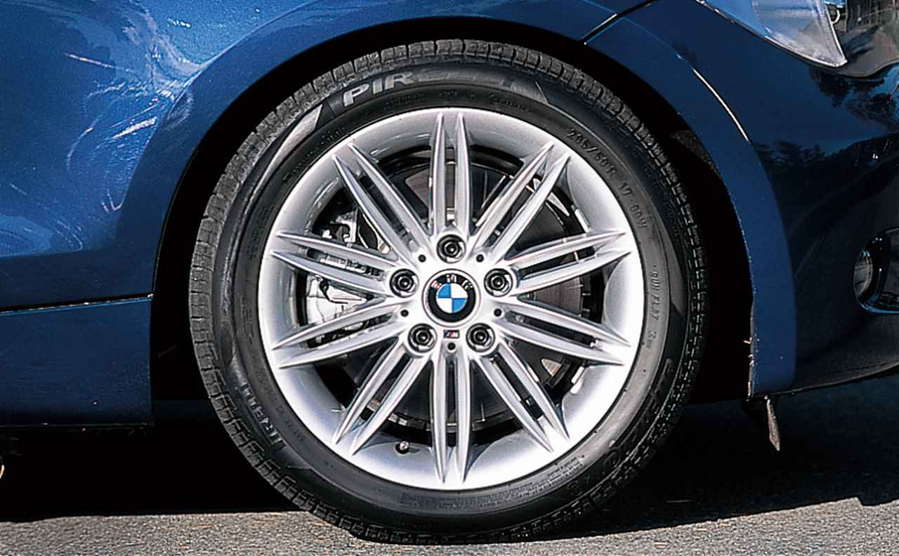 Images : 9番目の画像 - BMW 130i M-Sportと118i - LAWRENCE - Motorcycle x Cars + α = Your Life.