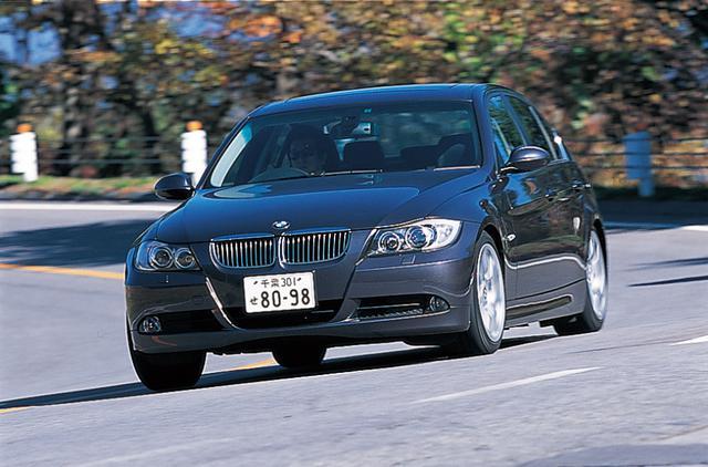 画像: 3シリーズの最上位モデルとなる330i。