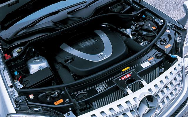 画像: メルセデスの主力ユニット、272型 3.5L V6。トルクフルでスムーズなことが売りだ。