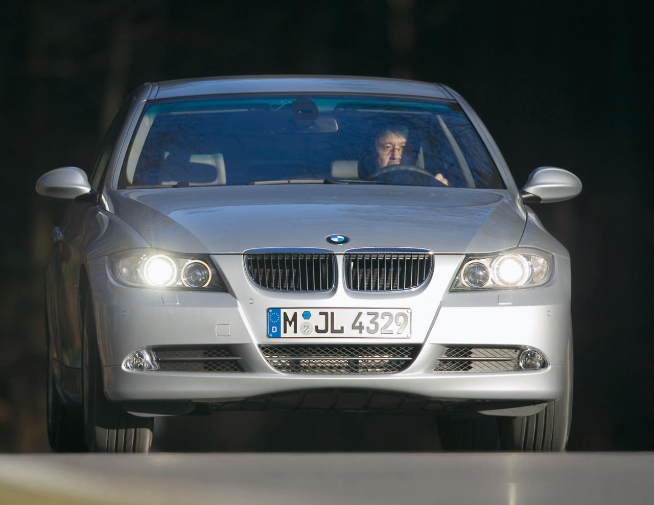 Images : 8番目の画像 - BMW 330xiと330d - Webモーターマガジン