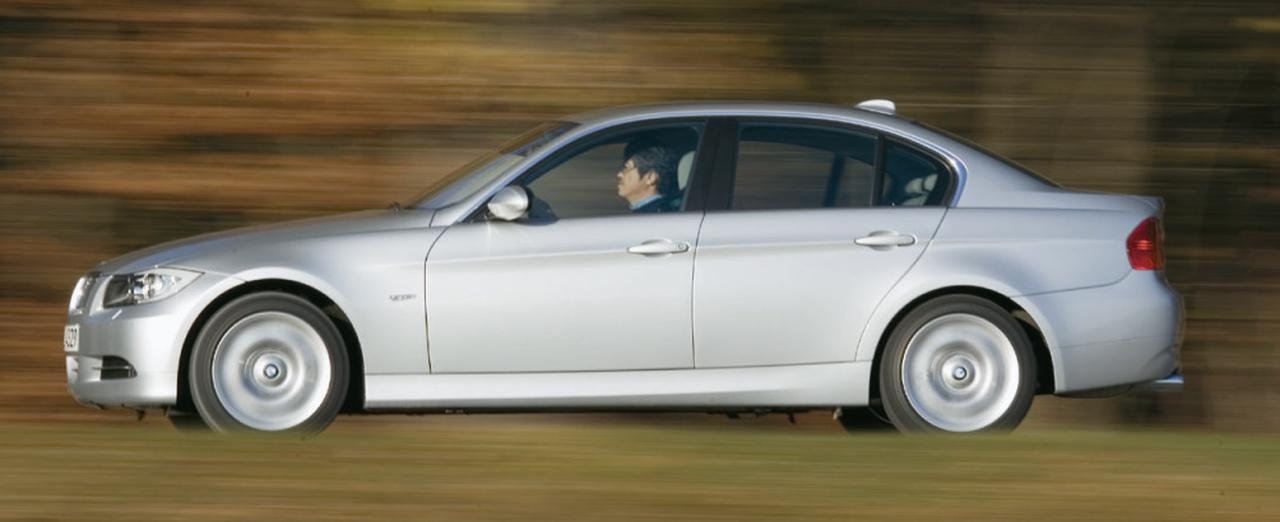 Images : 10番目の画像 - BMW 330xiと330d - Webモーターマガジン