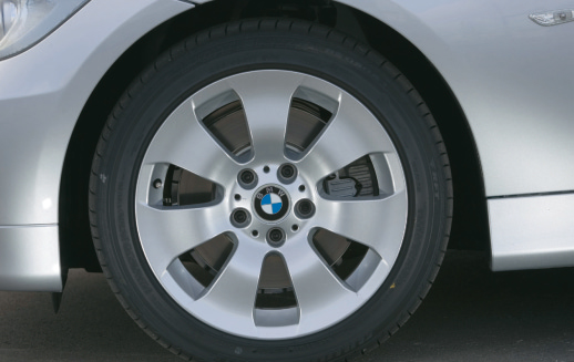 Images : 13番目の画像 - BMW 330xiと330d - Webモーターマガジン