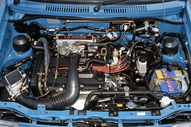 画像: 超ストロークタイプの高回転型エンジンのBJ型は、1.3Lながらネットで88psを発生した。