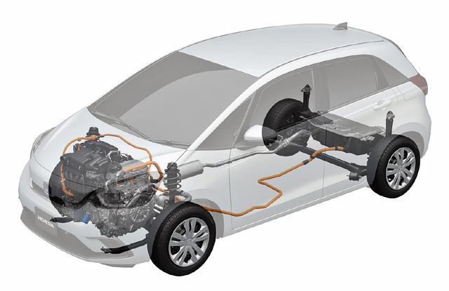 画像: ハイブリッドのシステム図。バッテリーなどはラゲッジフロア下にセットされている。