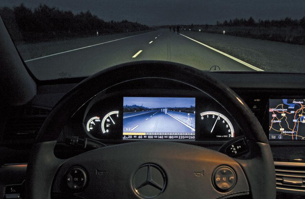 Images : 7番目の画像 - メルセデス・ベンツS350  5代目(W221型) - Webモーターマガジン