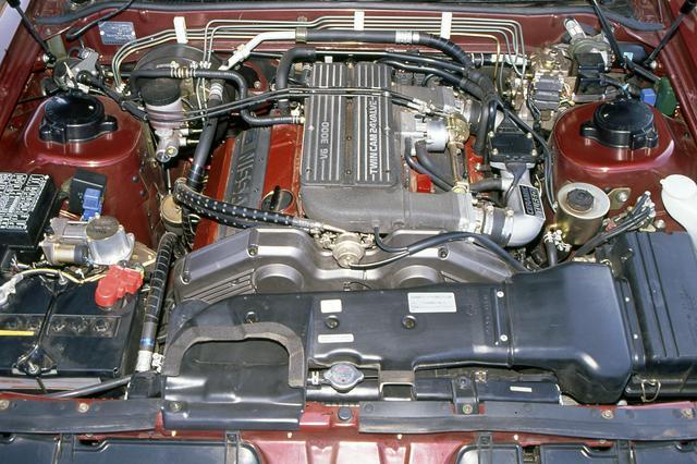 画像: 当時の国産車としては最強の255ps/35.0kgmというパワースペックを誇ったVG30DET型エンジン。