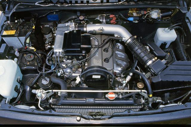 画像: 当時のスズキでは最大排気量の1.6Lエンジンは、ネットで82psと13.1kgmを発生していた。