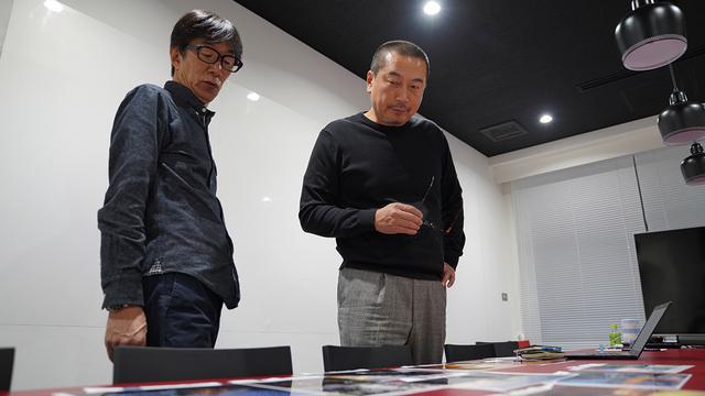 画像: 最終審査を行うインスタグラマー・宮瀬浩一氏(左)と写真家・前川貴之氏。