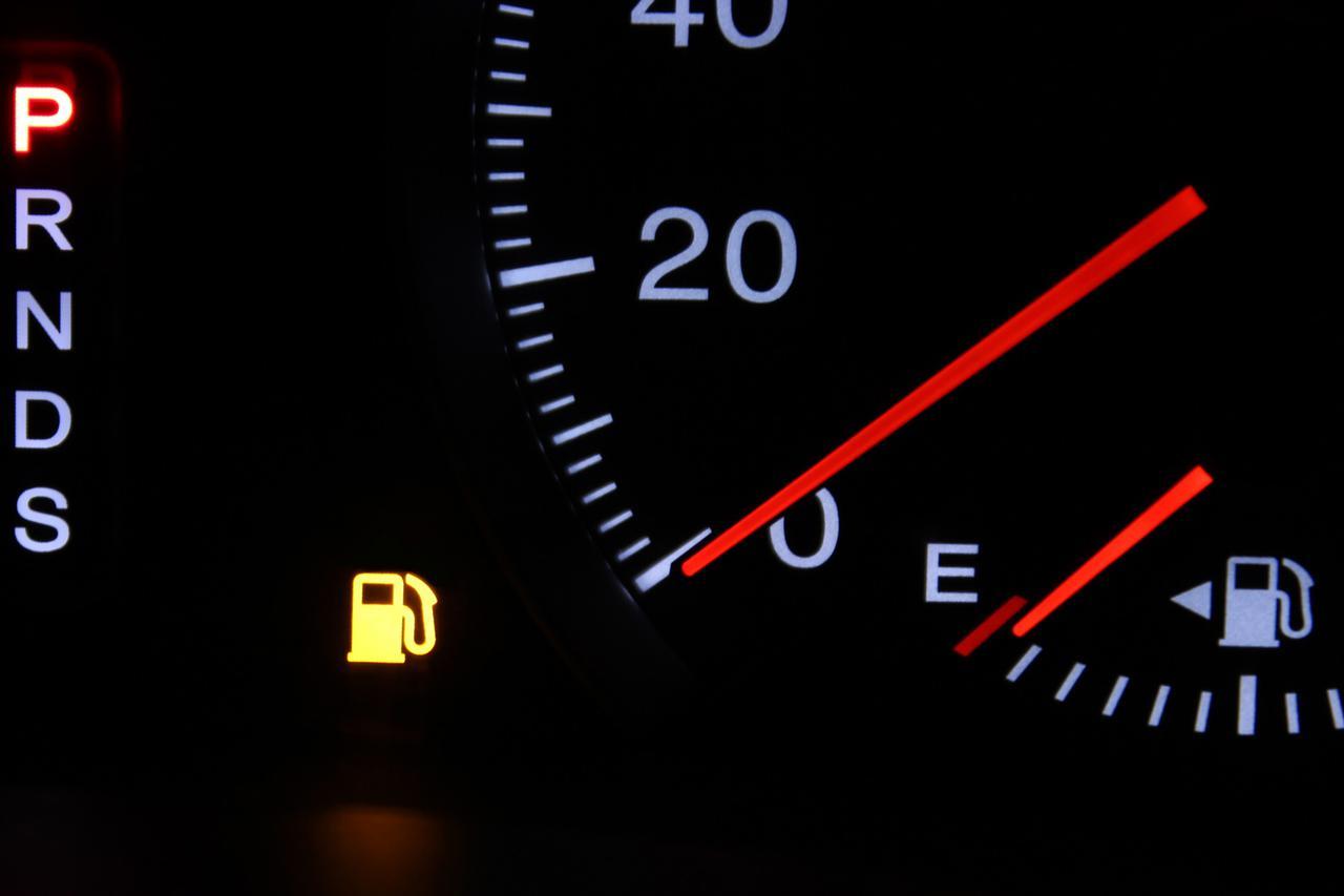 Images : 4番目の画像 - 燃料残量警告灯の点灯 - Webモーターマガジン