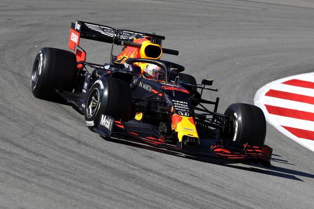 画像: メルセデスAMG最大のライバルと目されるレッドブル・ホンダ。新車レッドブルRB16の仕上がりも良さそうだ。