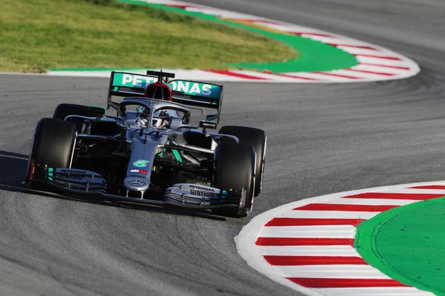 画像: コンストラクターズタイトル7連覇に挑む王者メルセデスAMG。新車メルセデスAMG・F1 W11はバルセロナで行われた開幕前テストも順調にこなした。