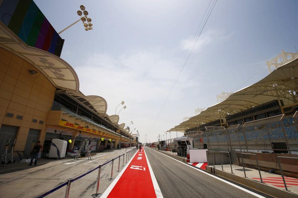 Images : 1番目の画像 - F1バーレーンGPとベトナムGPも開催延期 - Webモーターマガジン