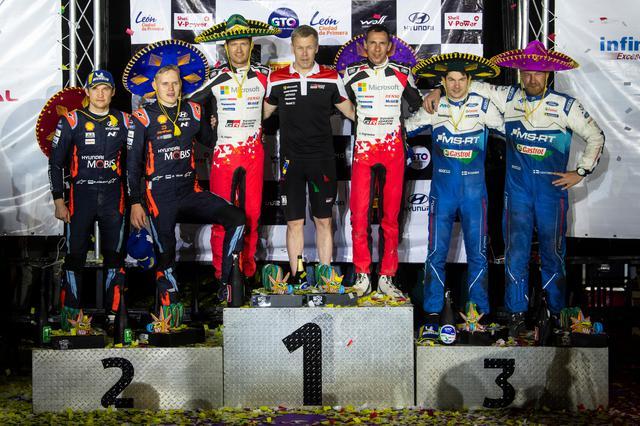 画像: ラリー・メキシコの表彰台。セバスチャン・オジエ(トヨタ)は過去8年間で6回目のラリー・メキシコ優勝となった。