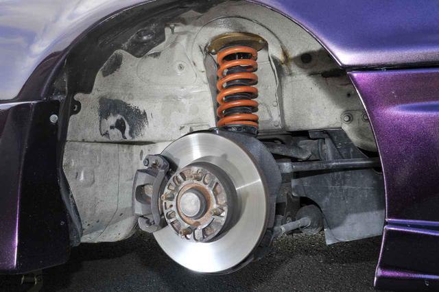 画像: ホイールの重量は、サスペンションの動きだけでなく加減速やステアリングフィールにも関わってくる部分。安全性を担保した上で、いろいろ試すのも重要な車両セッティングとなる。