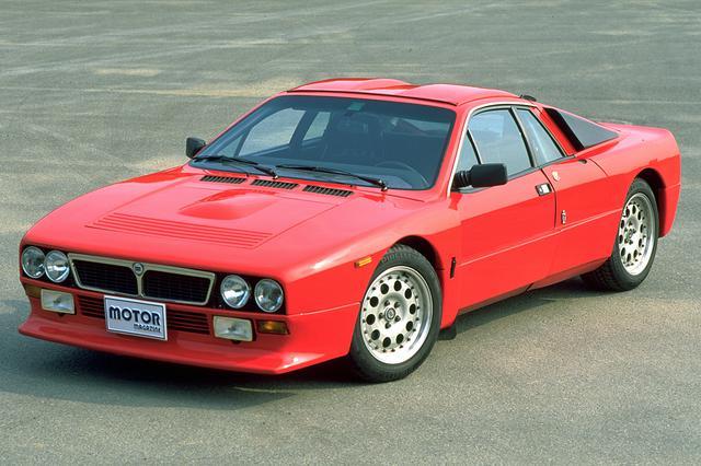 画像: 正式車名は「ランチア ラリー」。グループB規定に合わせて200台余りが生産された(207台説や217台説があり)。