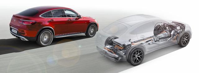 画像: リチウムイオンバッテリーなどは車体後部にレイアウトされる。
