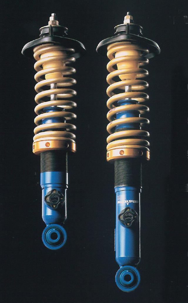 画像: 減衰力を4段階に調整可能なマツダスピード製の減衰力4段階調整式ダンパーを装着。スプリングは共同開発したアイバッハ製。