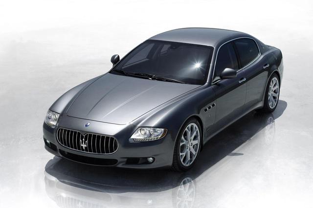 画像: フェラーリ製のエンジンは、2001年発表のスパイダー、2002年のクーペ、そして2003年のクワトロポルテ(写真)へと採用されていった。