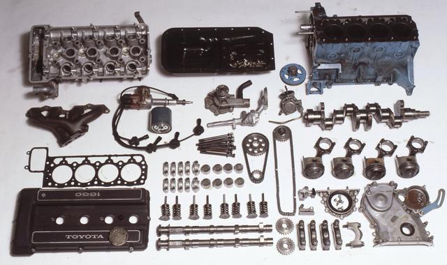 画像: 腰下(シリンダー)はトヨタ、DOHCヘッドはヤマハが主たる開発を担当した。量産エンジンをベースにDOHC化するのはトヨタのお家芸となる。