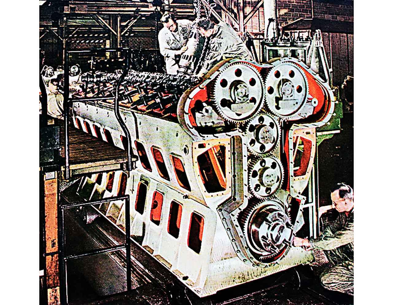Images : 3番目の画像 - モンスターマシン:ディーゼル機関車 - Webモーターマガジン