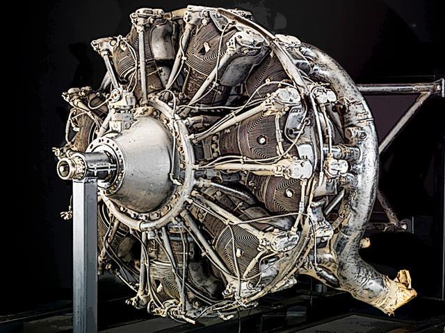 画像: 三菱 零式艦上戦闘機であまりに有名な栄エンジンは、隼と共通の中島製ハ35(陸海軍統合名称)が搭載されていた。星型14気筒1000hp級のスーパースタンダードだ。