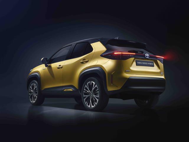 画像: SUVならではの「ロバスト」(頑強)を表現したエクステリアデザイン。台形のホイールアーチとブラックのモールが力強さをアピールする。