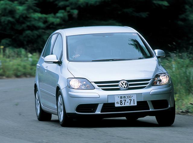 画像: ゴルフプラスは全高を85mmアップすることにより室内空間を拡大してプラスαのゆとりをアピール。日本発表は2005年10月。