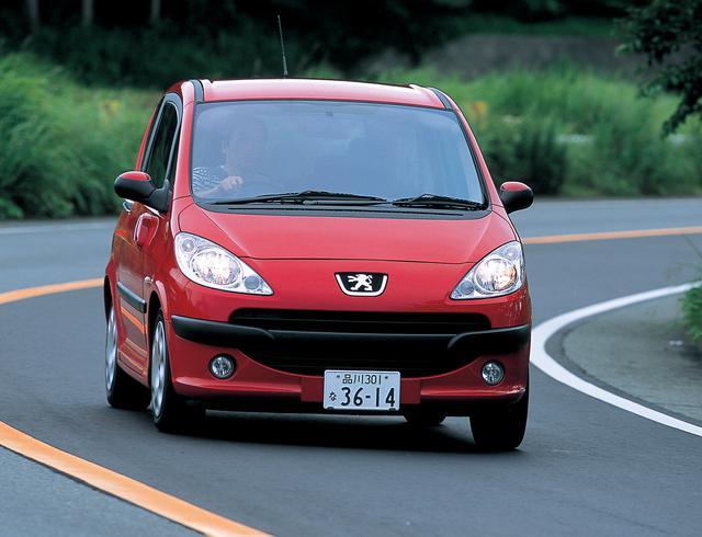 画像: 2004年のパリサロンでワールドプレミアを果たしたプジョー1007。日本への導入は2006年1月30日。